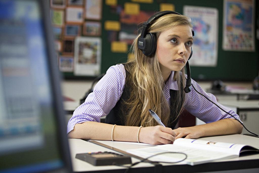 Образование в европе на русском язщыке дистанционно испанский язык изучение в интернете